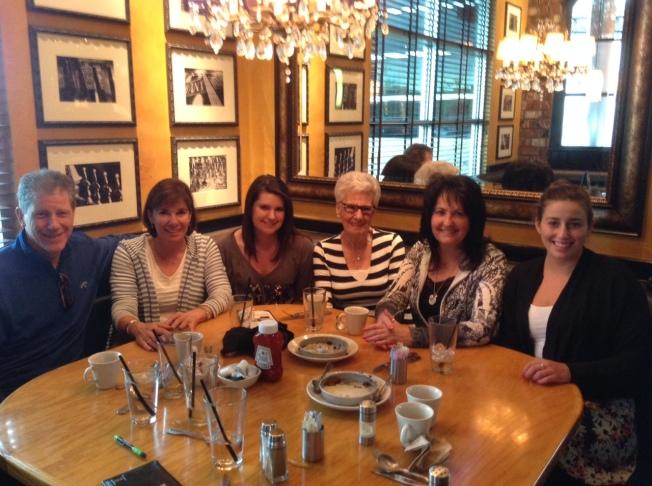 Doug, Dori, Amie, Aunt Helen, me & Kelly
