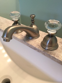 Kingston Crystal Knob Faucet